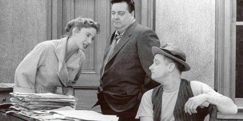16_the-honeymooners-pic1-with-jackie-gleason-audrey-meadows