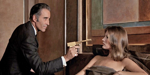 01_the-man-with-the-golden-gun-pic5-with-christopher-lee