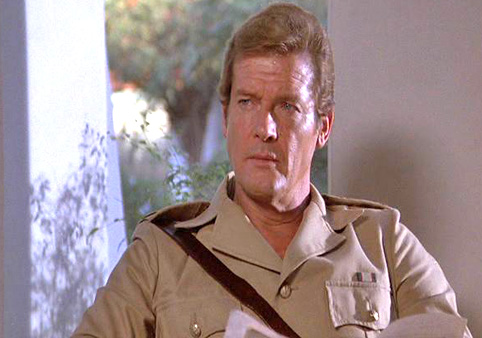 roger-moore-photo-3