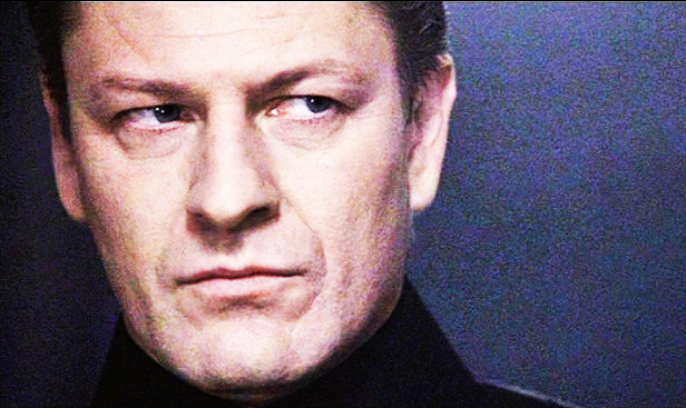 Sean Bean in FLIGHTPLAN (2005)